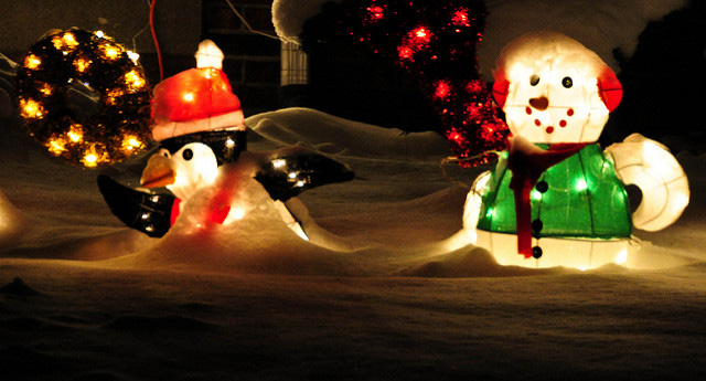 G. Industries Airblown Inflatable Hunting Snowman