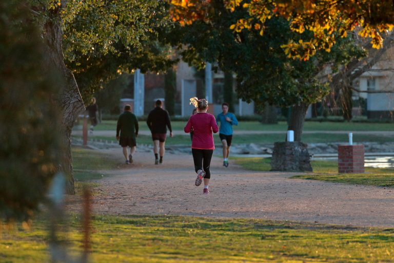 Clueless Jogger Manifesto in the Age of Social Distancing